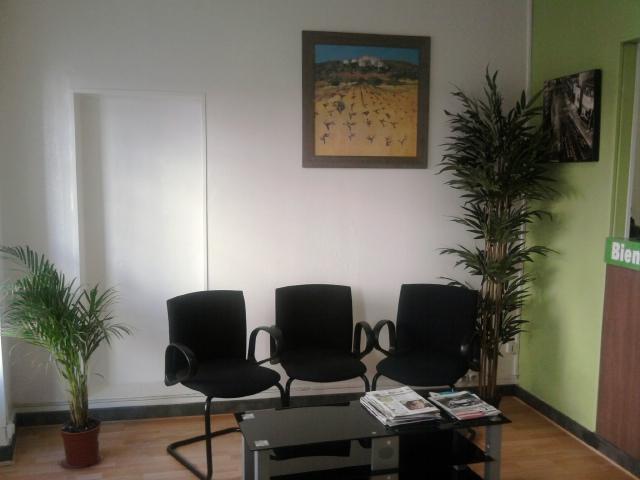 location de voitures double commande. Black Bedroom Furniture Sets. Home Design Ideas